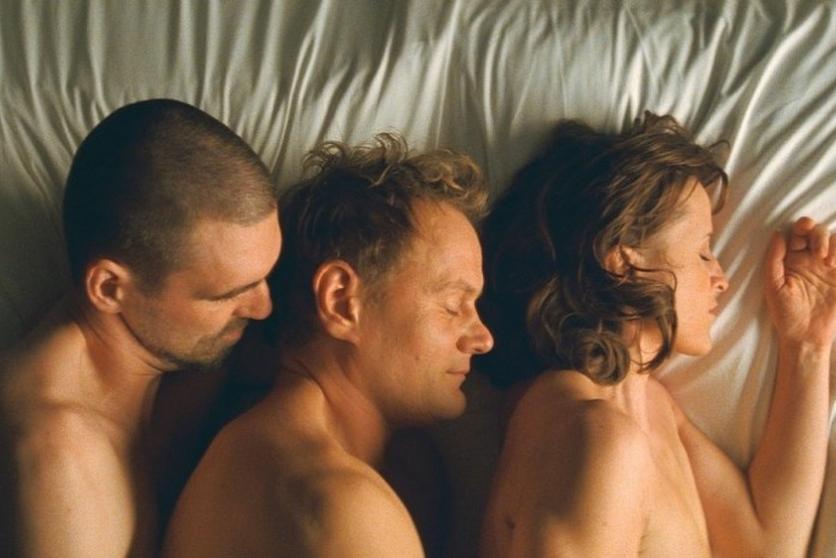 Film Drei Toma Tykwera není pro upejpavé
