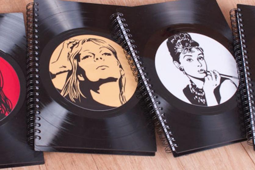Originální vinylové diáře 2015 jsou tu!